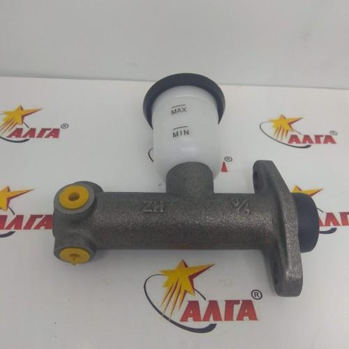 Главный тормозной цилиндр 1,5-3,0 т. с бачком СКМ3/4 (слево и вниз)