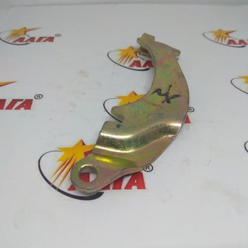 Рычаг сервотормоза правый (24433-70140G)